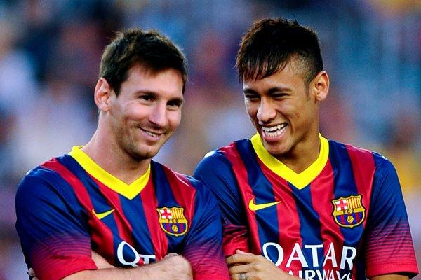 Perbandingan Penampilan Neymar Vs Lionel Messi
