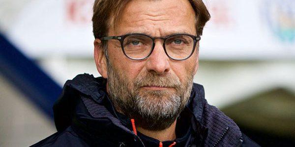 Jurgen Klopp Dapat Hadiah Kue Usai Liverpool Menang