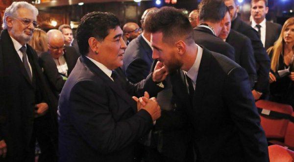 Maradona Messi Adalah Pemain Yang Tak Tergantikan Di Argentina